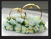 Кольца - свадебное украшение на крышу автомашины
